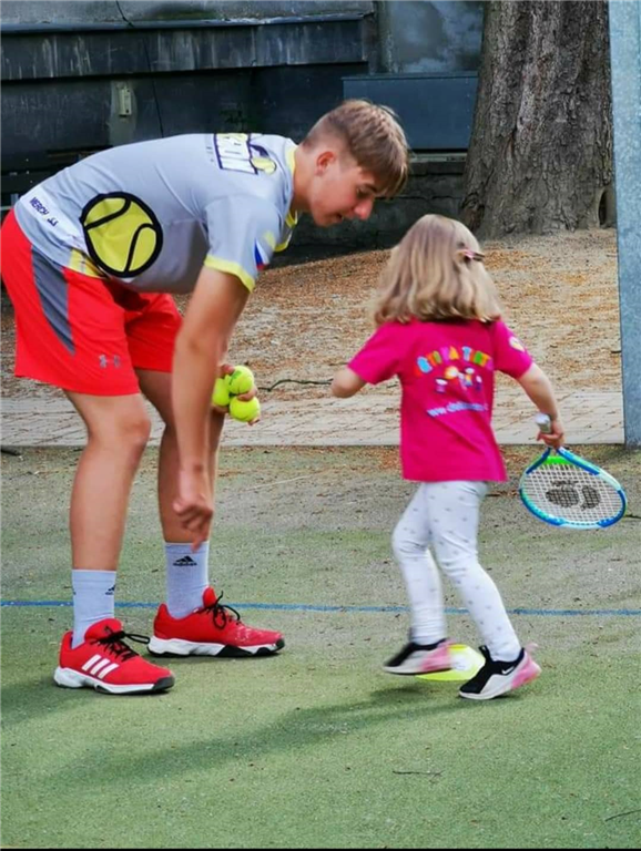 Trenér Adam Sembdner, Foto: Tennis Academy Maršoun
