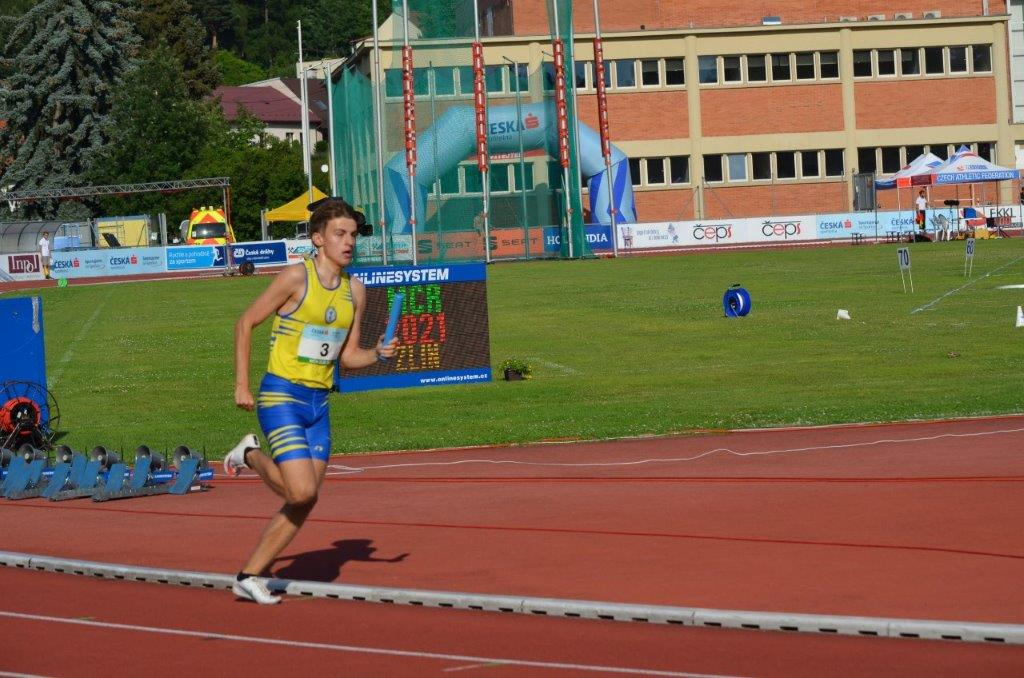 Jan Hřích - štafeta 4 x 400 m 4. místo (3:17,80 min) MČR Zlín r. 2021, Zdroj: A.C. TEPO Kladno