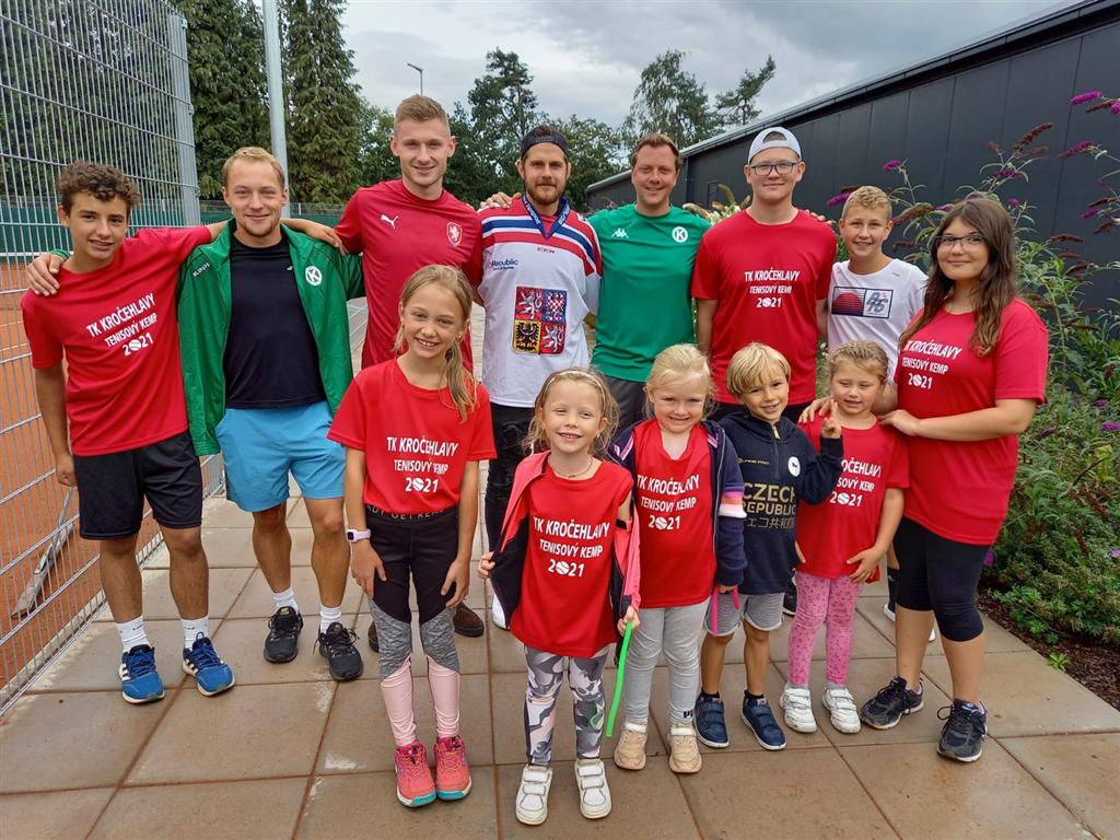 Parádní propojení úspěšných sportovců s tenisem na kempu TK Kročehlavy