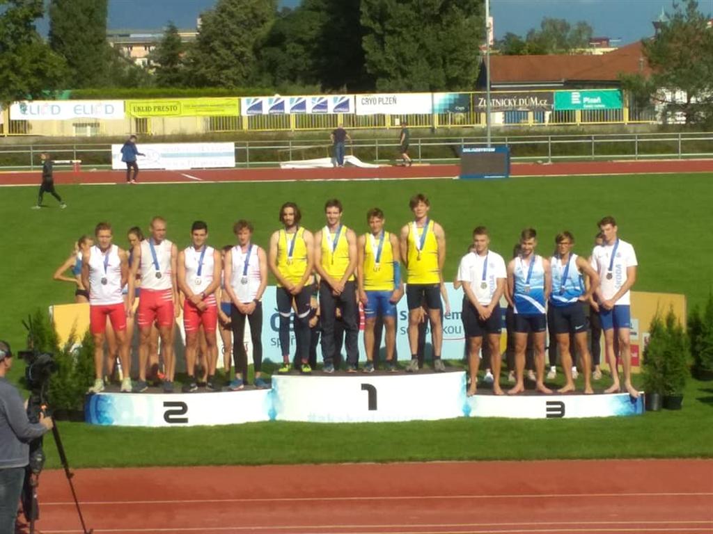Vítězná štafeta mužů na 4 x 400 m , Foto: A.C.TEPO Kladno